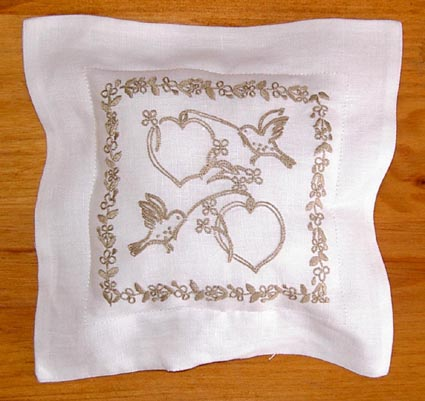 COUSSIN MARIAGE BLANC